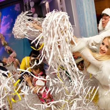 Бумажное шоу в Одессе